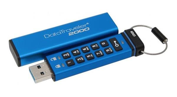 32 GB . USB 3.0 klúč . Kingston Keypad DT2000, 256bit AES Ha